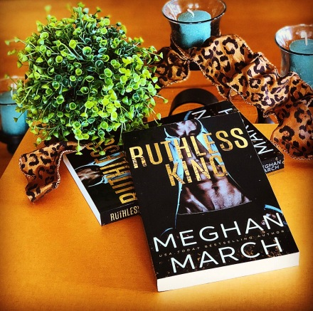 www.dgbookblog.ruthless.king.meghan.march.instagiveaway