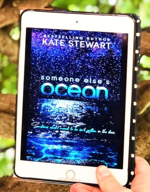 www.dgbookblog.com:SEO.kate.stewart.insta2