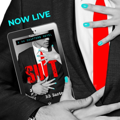 www.dgbookblog.com:SUIT now live with hands