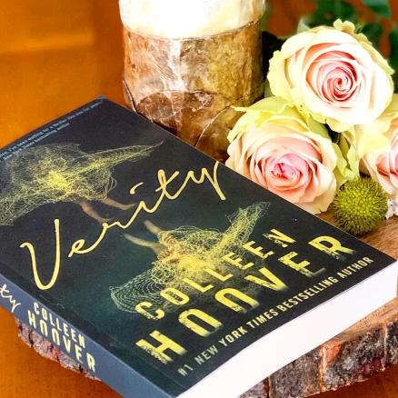 www.dgbookblog.com:verity.hoover.insta1