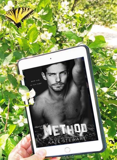 www.dgbookblog.com:method.kate.stewart.insta1