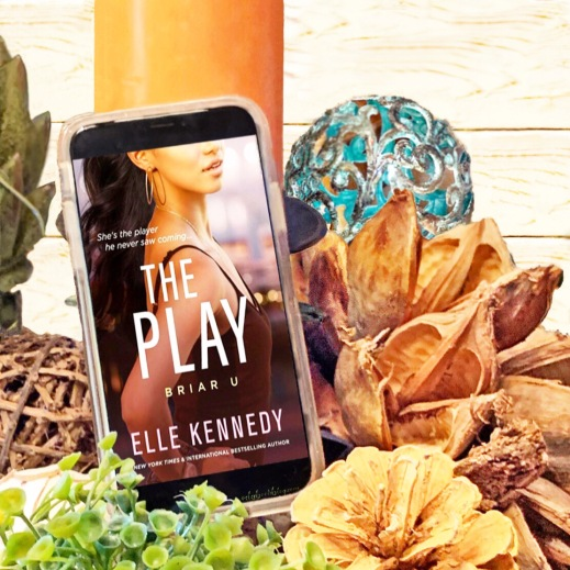 www.dgbookblog.com:the.play.elle.kennedy.insta1