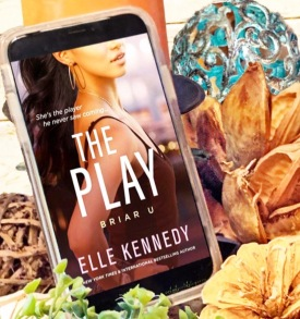 www.dgbookblog.com:the.play.elle.kennedy.insta2.